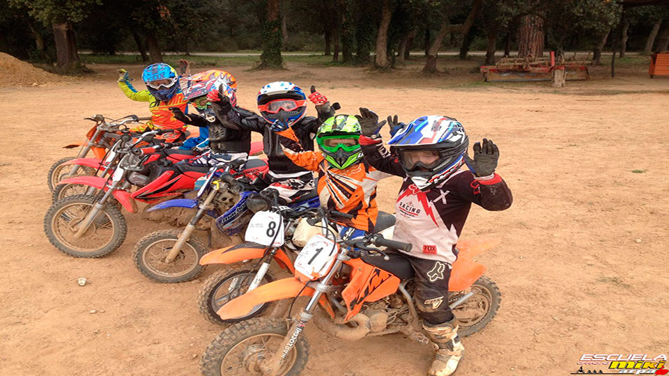 Calendario 2016 . Escuela Off Road Miki Arpa. 12.02.2016